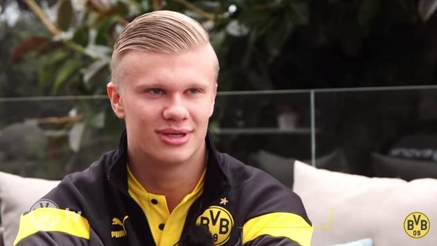 19岁5个月,哈兰德成多特在德甲上演帽子戏法最年轻球员