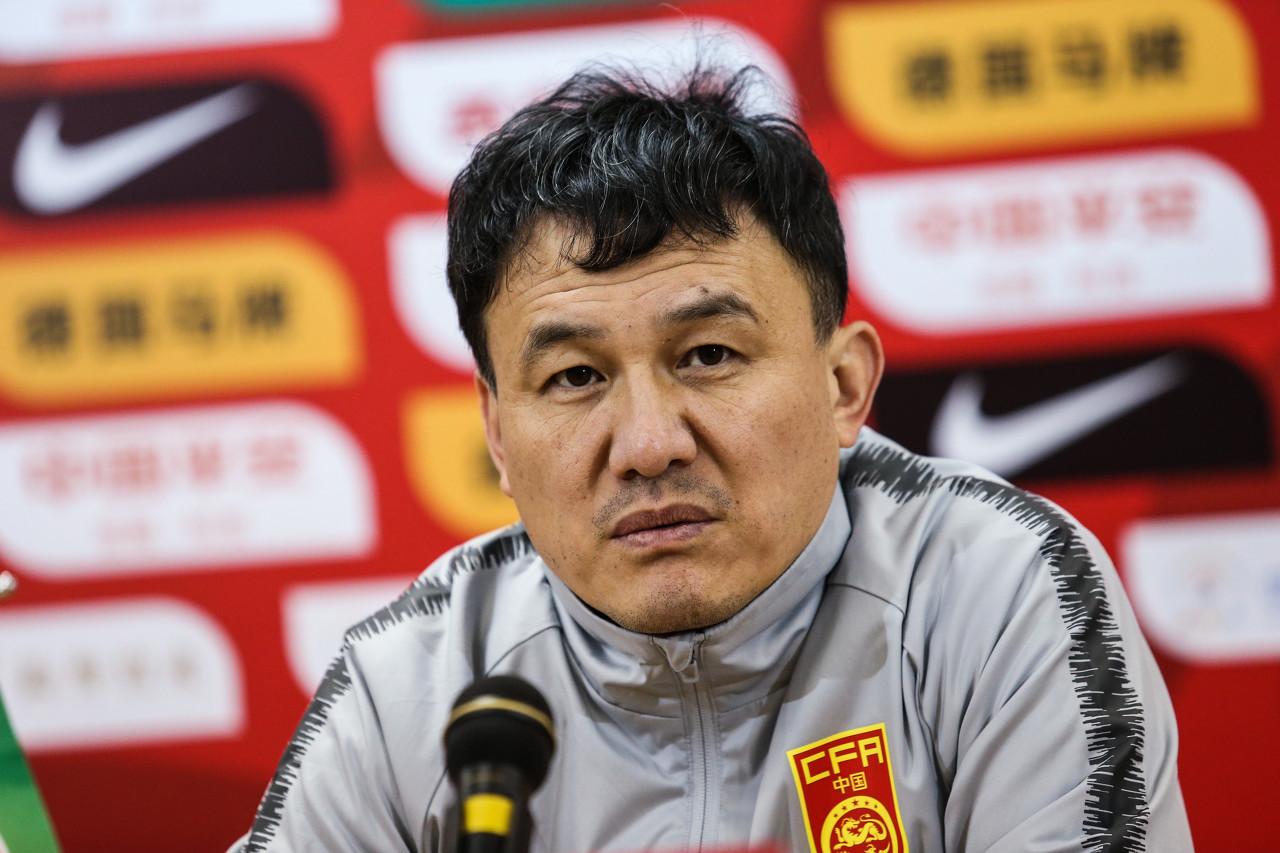 北青:郝伟输球后深深自责 足协人士称不能输掉未来