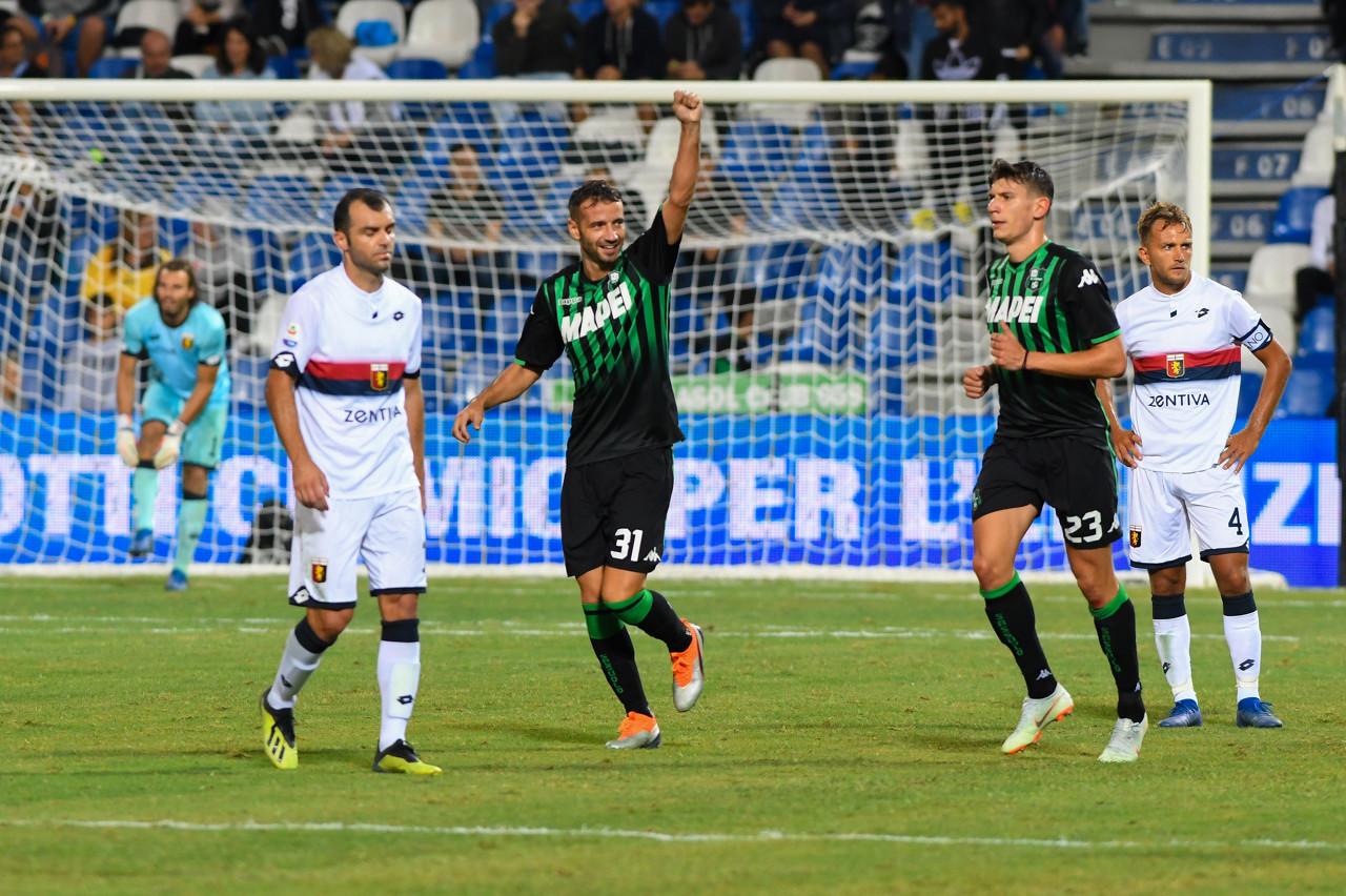 意媒:米兰、帕尔马和维罗纳都有意签下萨索洛中卫G-费拉里