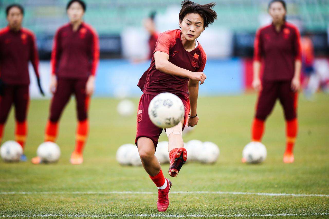 粤媒:王霜有望在附加赛回归中国女足,足协已准备两套方案