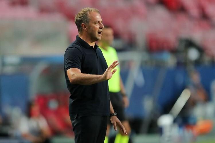 弗里克:我们的防守表现很好 期待欧冠淘汰赛的对决