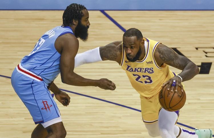 美媒:詹姆斯和湖人在总决赛击败这支篮网队会发生什么?GOAT?图片