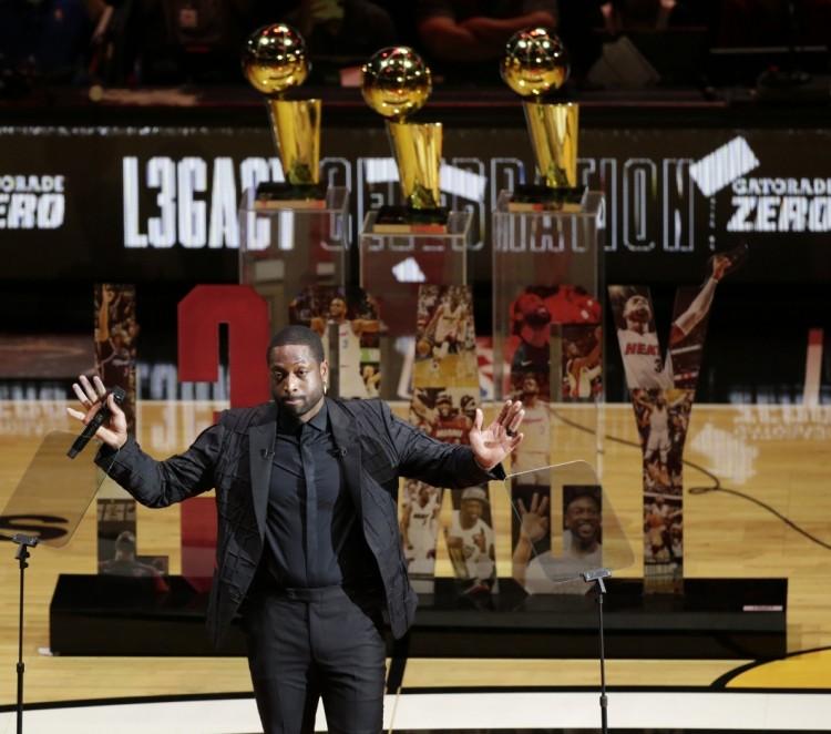 ESPN列韦德荣誉单祝其39岁生日快乐:传奇的职业生涯图片