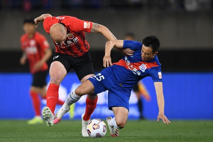 【蜗牛电竞】新京报:苏州赛区共13场比赛在下午进行,高温将带来极大挑战