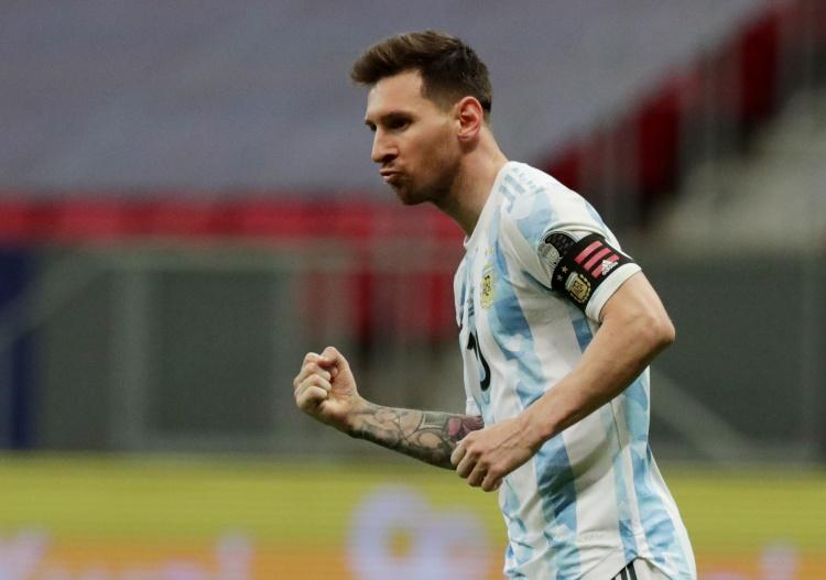 【蜗牛电竞】阿媒:阿根廷队拒该国总统接见,可能与梅西捐赠呼吸机事件有关