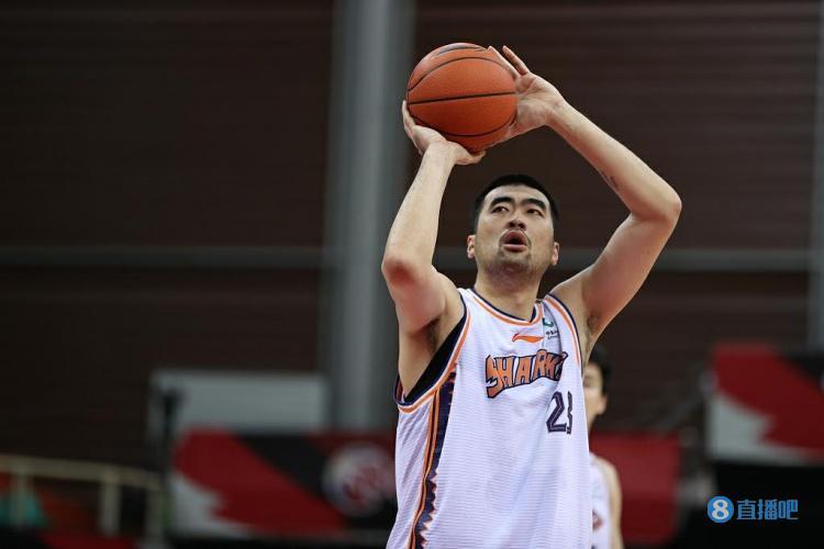 【蜗牛电竞】张兆旭谈加盟天津男篮:被他们的诚意所打动 新赛季希望能全勤