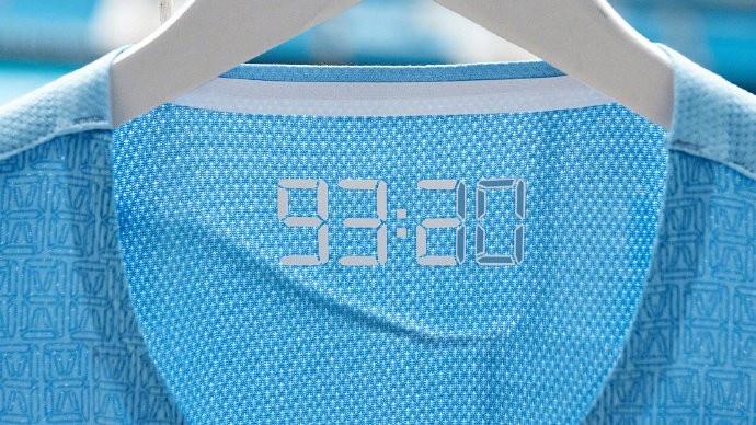 【蜗牛电竞】曼城发布新赛季主场球衣,以93:20进球为灵感而设计