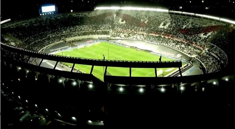 🏆梅西高举美洲杯奖杯!阿根廷在纪念碑球场狂欢庆祝🎉
