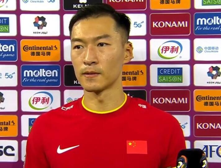 吴曦:有一个机会打进就扳平了很遗憾 我很开心进球帮助了球队