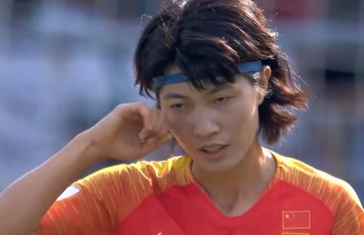 半场-后防不稳被打进一球 中国女足暂时0-1落后意大利