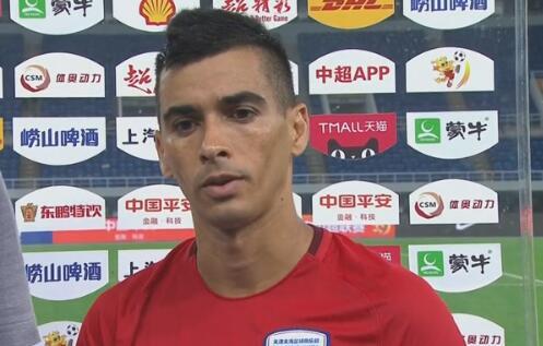 莱昂纳多:无论踢多久都要尽全力 会努力帮球队摆脱困境