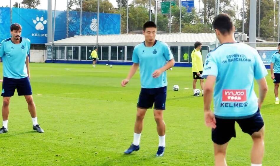 武磊参加西班牙人合练,备战比利亚雷亚尔