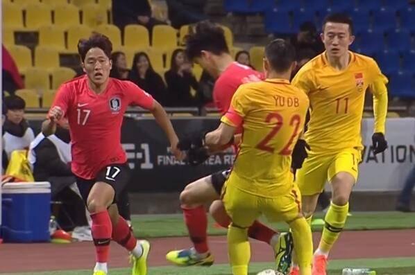 半场-进攻机会寥寥金玟哉头球破门 国足暂0-1韩国