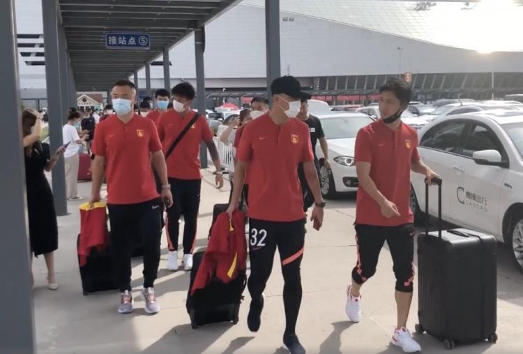 【蜗牛电竞】河北队U21小将宋鑫涛、杨翼璇上调一队,顶替陈佳裕、祖鹏超