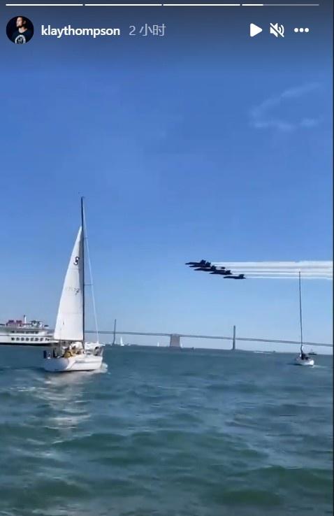 宛如大片!克莱晒出海垂钓偶遇飞机编队低空掠过头顶视频