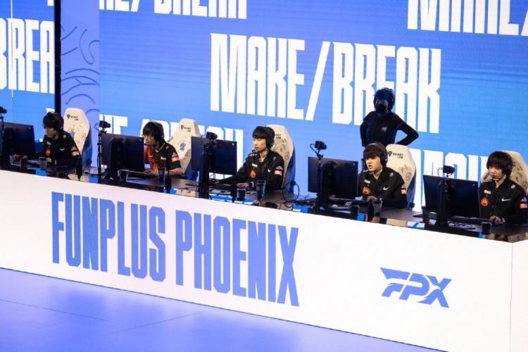 FPX赛后返图:有惊无险,等待下一场漂亮的胜利!