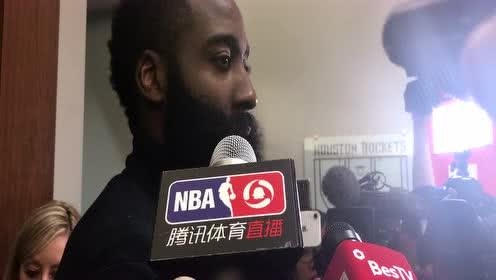 哈登:手没法正常抬起投篮 只想赢球!