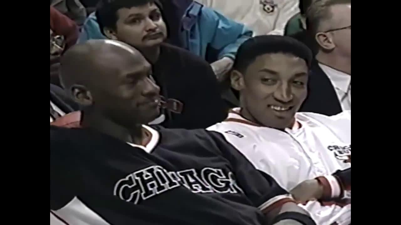 无坚不摧所向披靡!公牛95-96赛季震撼攻防混剪