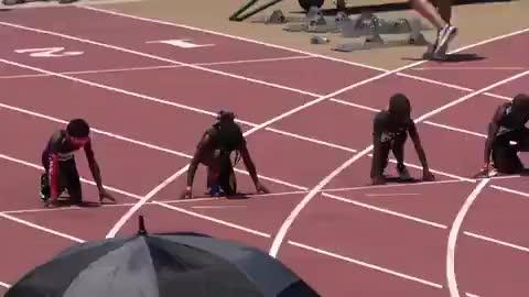 下一个博尔特!美国7岁男孩百米13.48秒