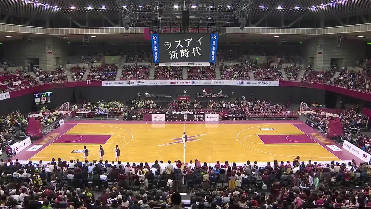 妹子们脚步整齐得如艺术!终极偶像组合在日本B联赛惊艳表演
