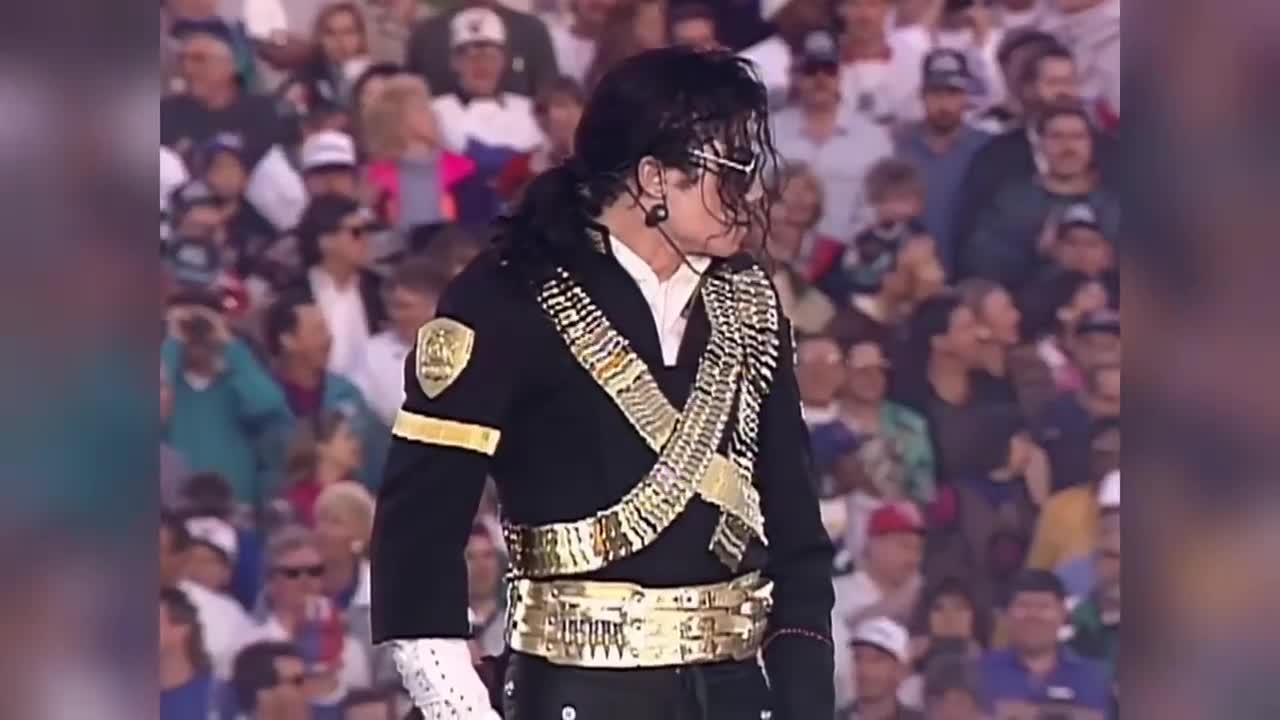 天神下凡!迈克尔-杰克逊超级碗炸裂演出