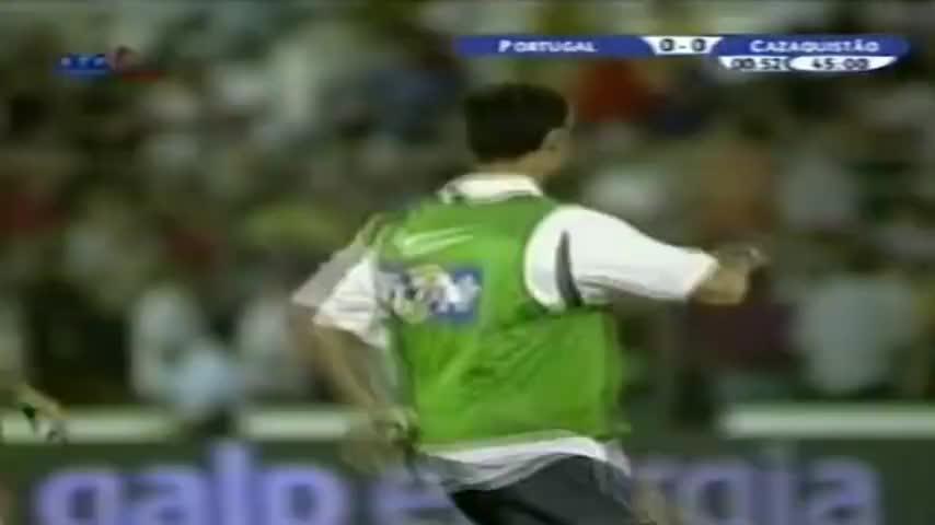 青春年少!重温C罗葡萄牙国家队首秀