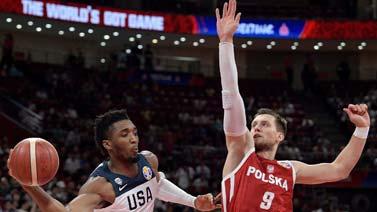 [CCTV新闻集锦] 世界杯-米切尔16+10 美国5人上双击败波兰排名第7