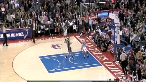 老詹玩出花! 盘点NBA赛场上大风车空接暴扣