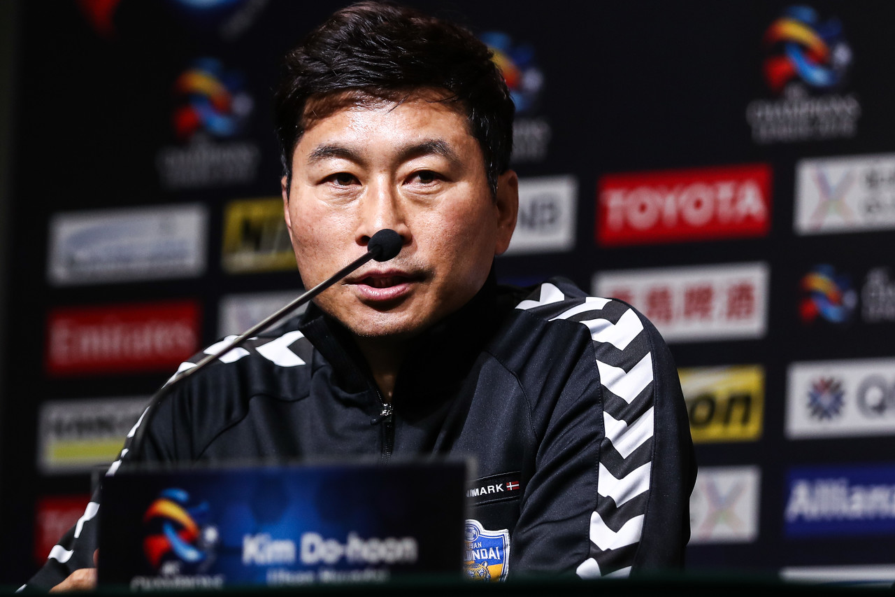 韩国教头金度勋进入黄海视界 面对西班牙&葡萄牙教练竞争 