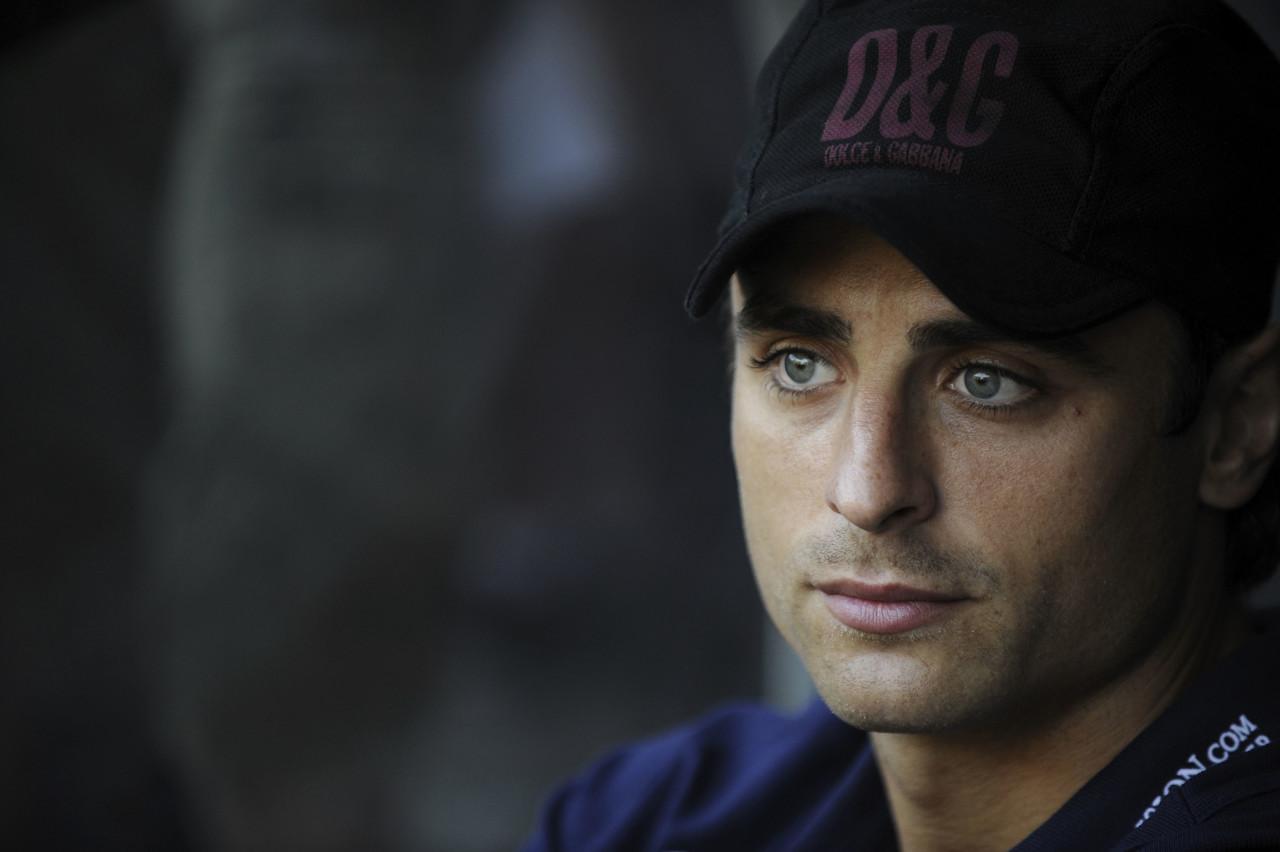 贝巴:卡瓦尼能同伊布相同,给曼联年轻球员带来活泼影响