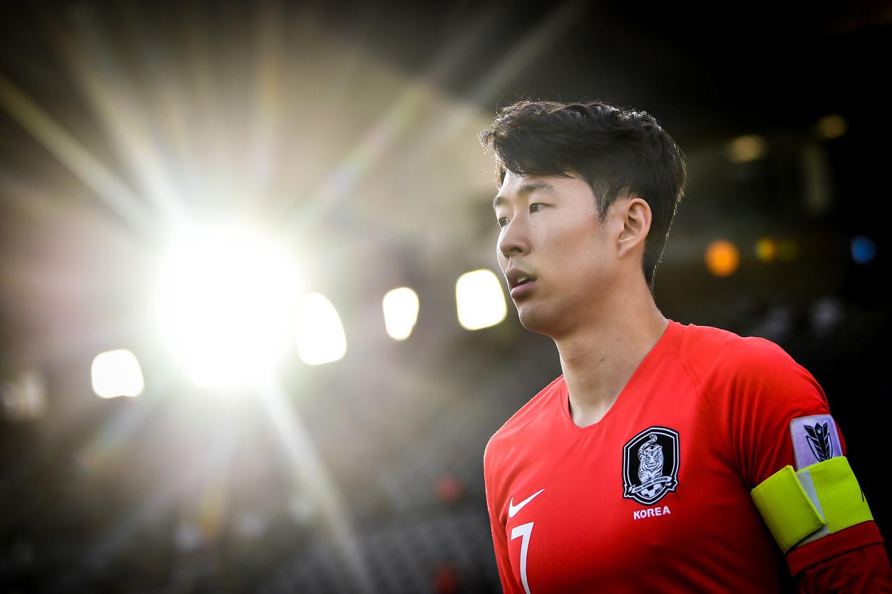 孙兴慜:不觉得自己是最好的球员,但我为沙龙和国家队尽全力