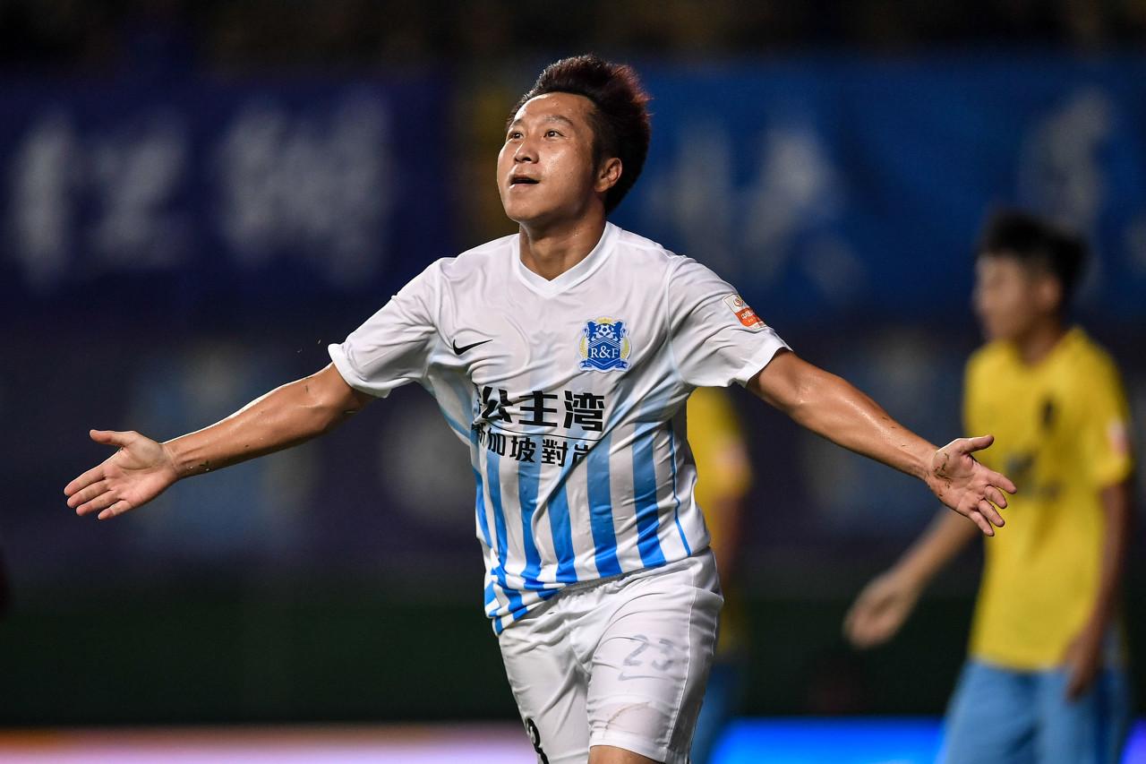现年36岁的老将卢琳,上一年12月31日与广州城的合同已经到期