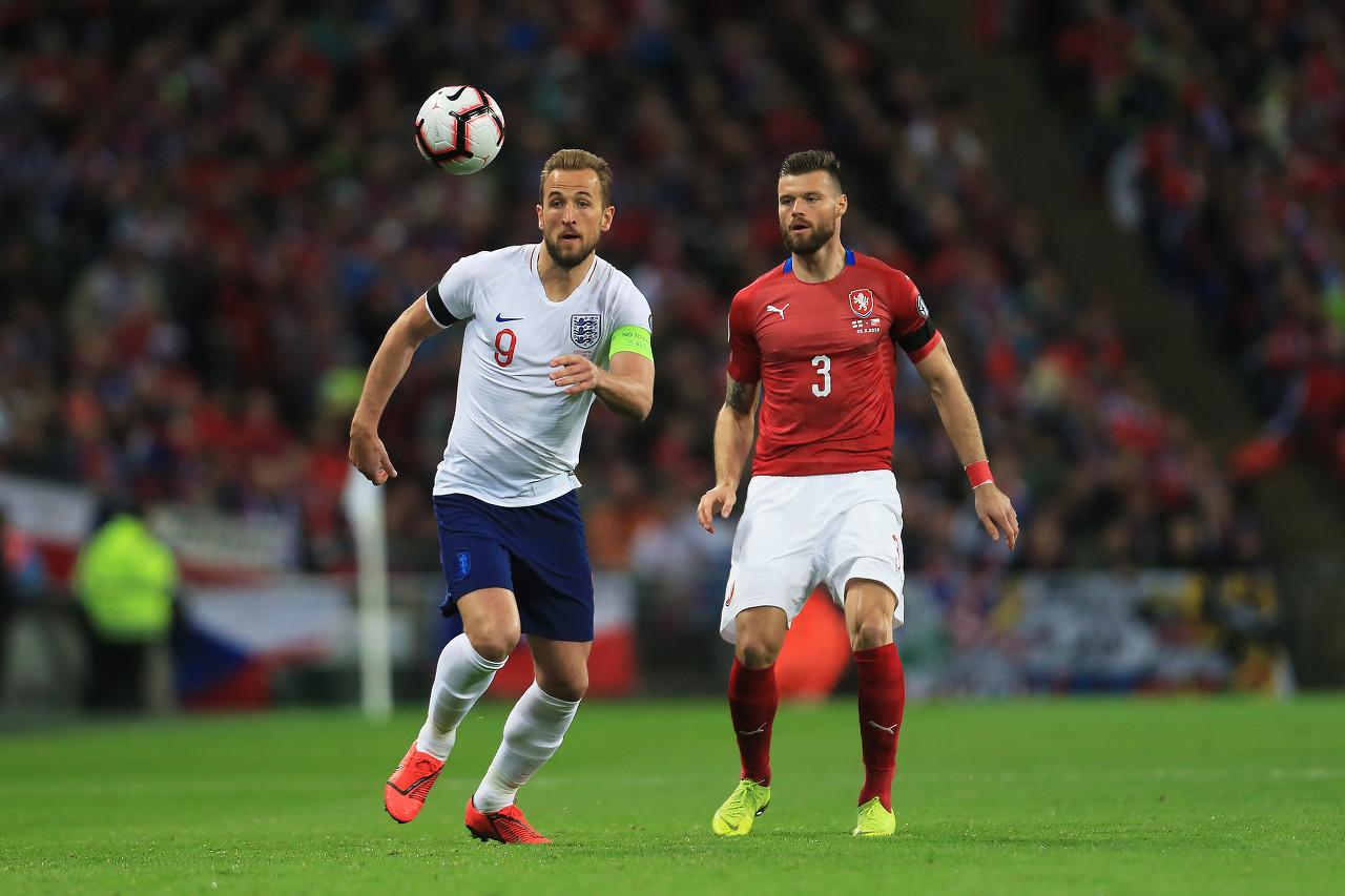 凯恩:马奎尔会因红牌汲取国际竞赛经验,今天怎样踢都不进球