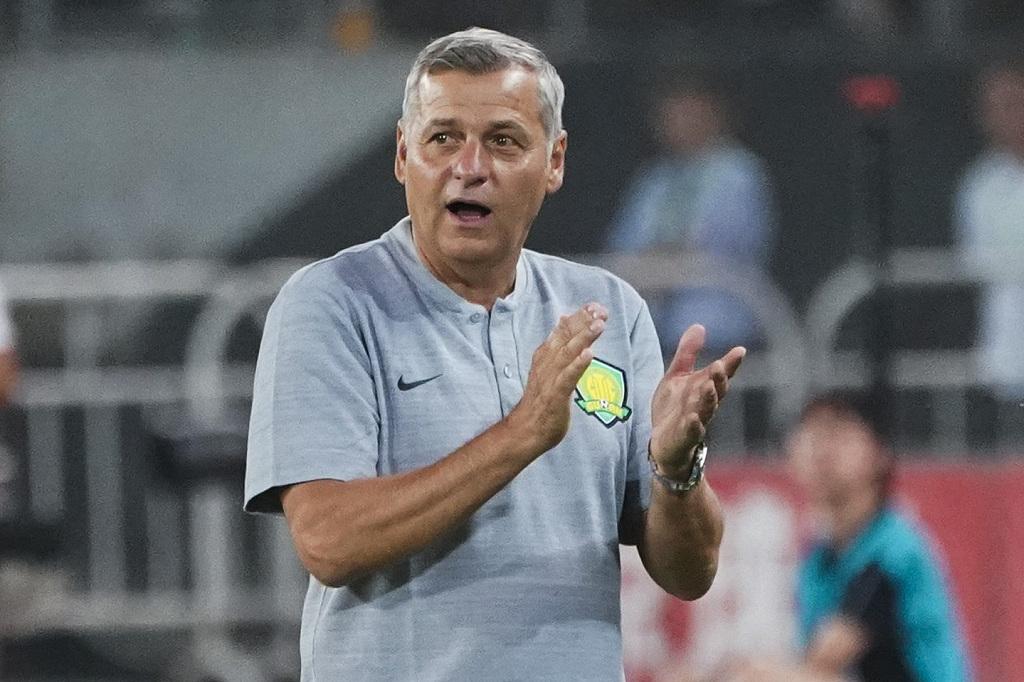 京媒:恒大板凳深度更胜一筹,球迷将失利的锋芒指向热内西奥