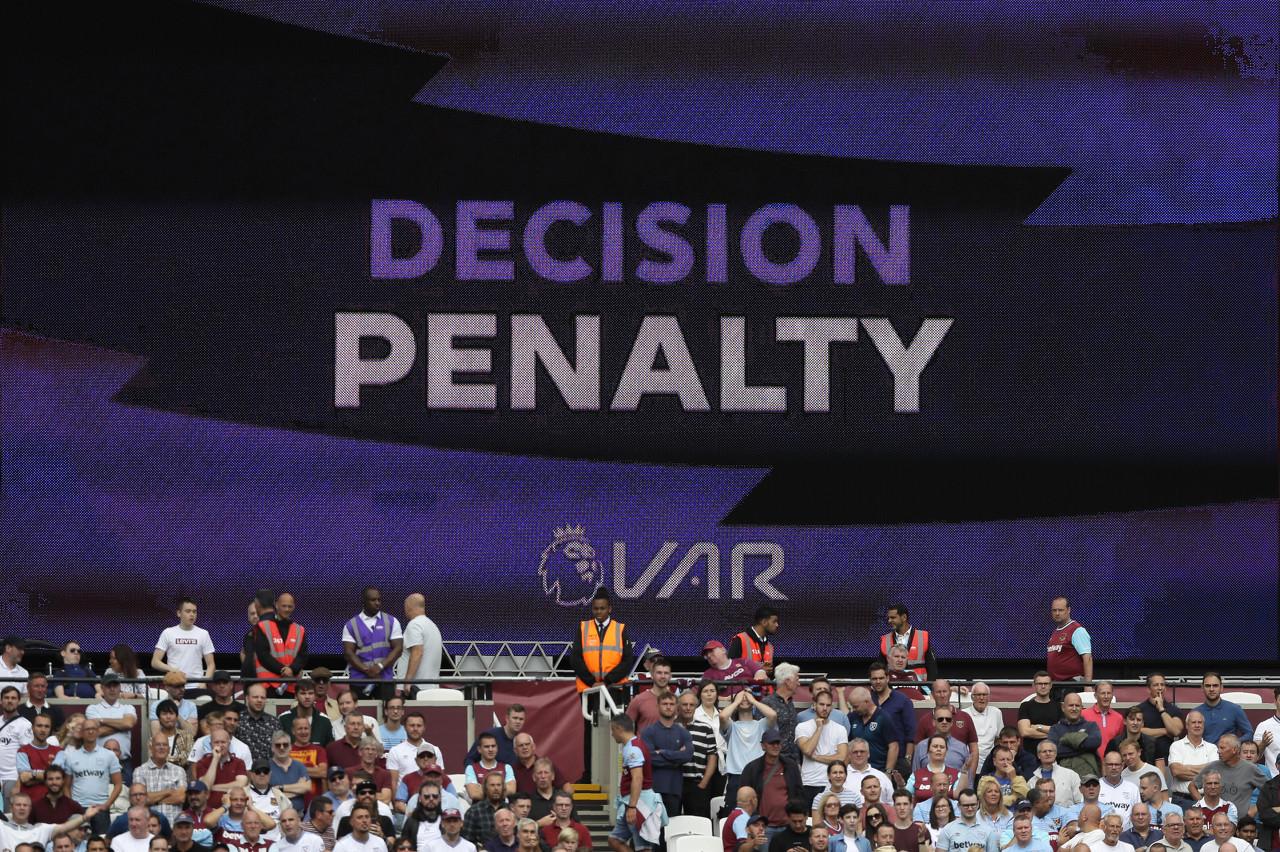 前英超主裁谈利物浦点球:别再隐瞒,应公布主裁和VAR的对话