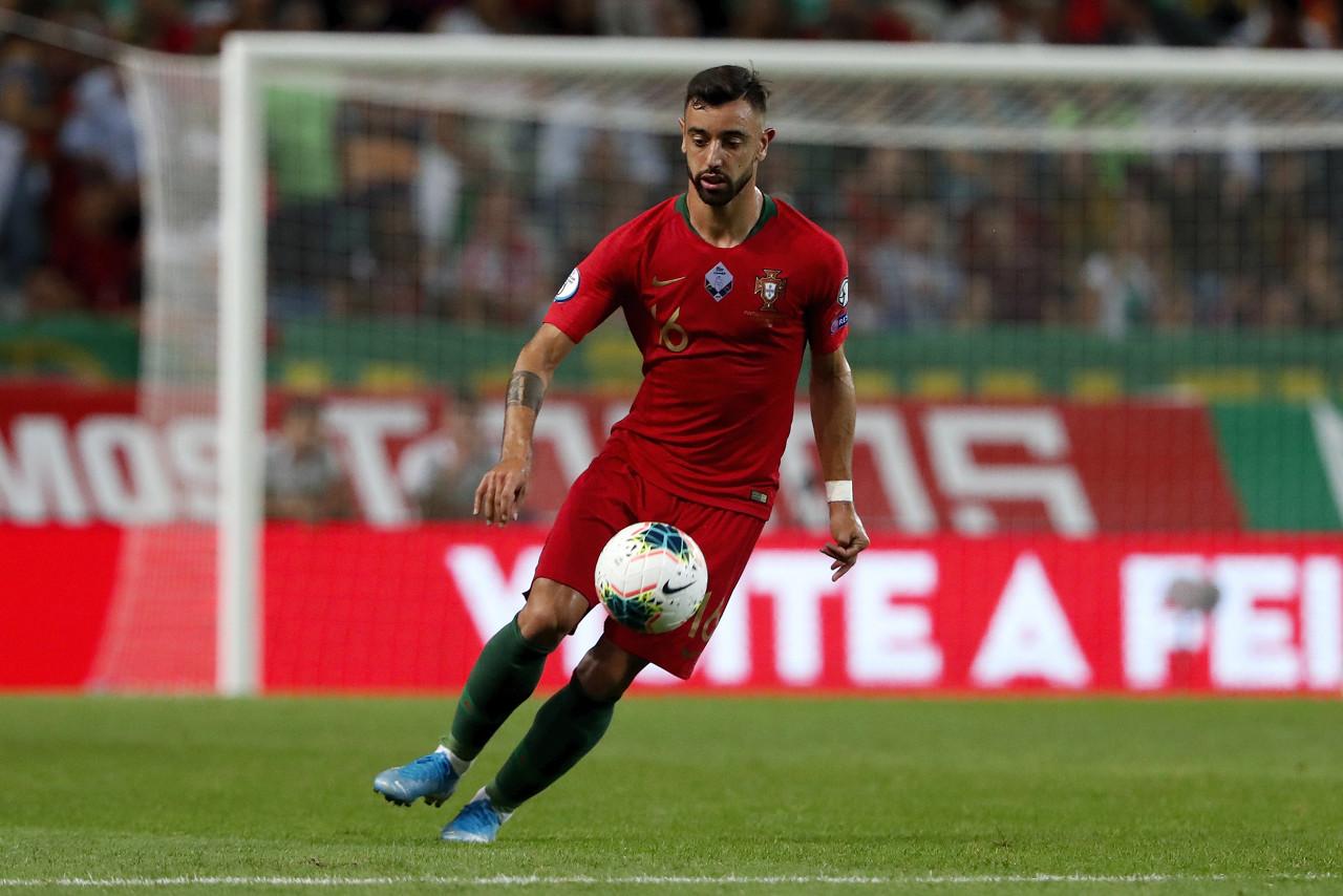 B费:C罗缺阵没有改动葡萄牙,但有了他赢球会更轻松