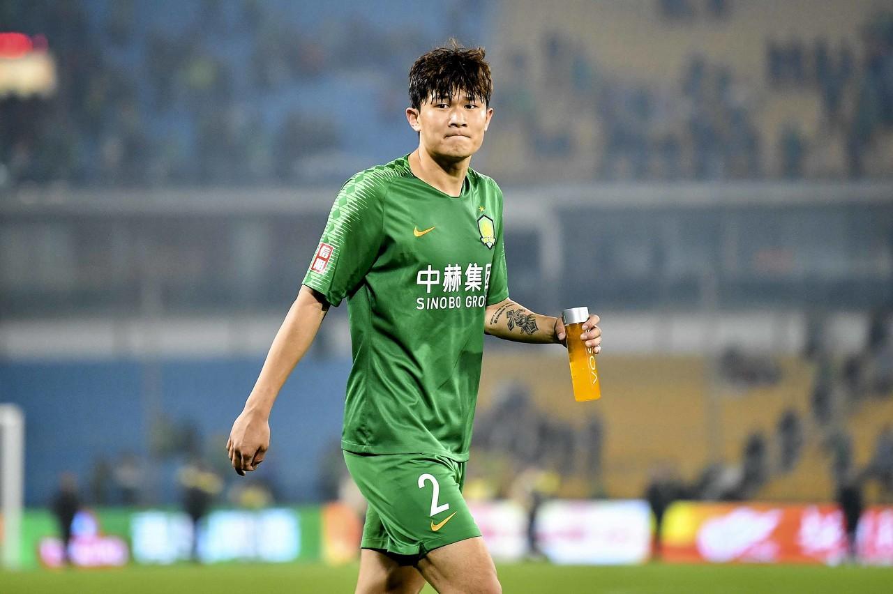 韩国记者:热刺未来几天会毕竟报价金玟哉,球员表态想投奔穆帅
