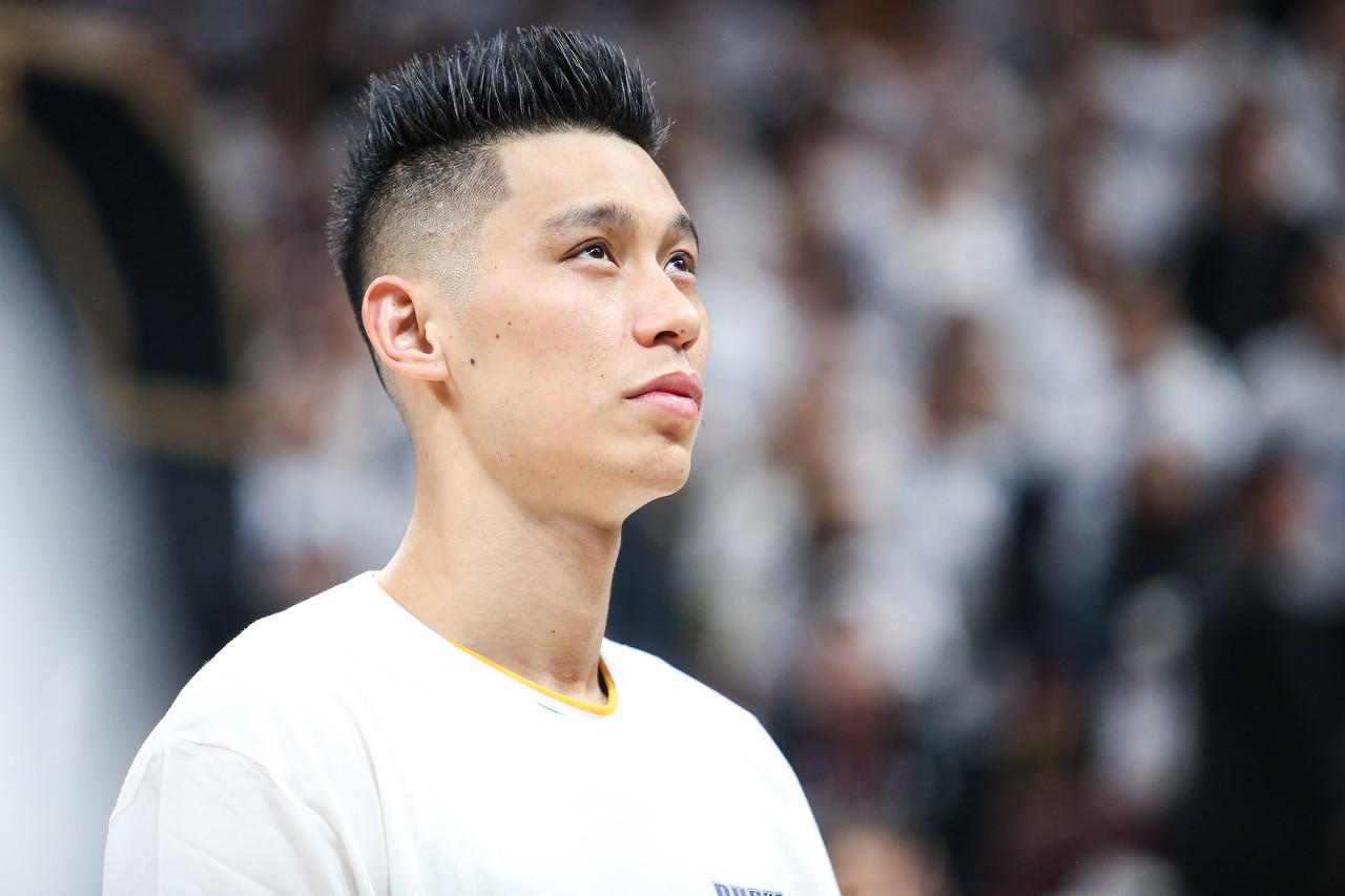贾磊:北京正在活跃追逐林书豪 努力说服书豪抛弃NBA重回球队