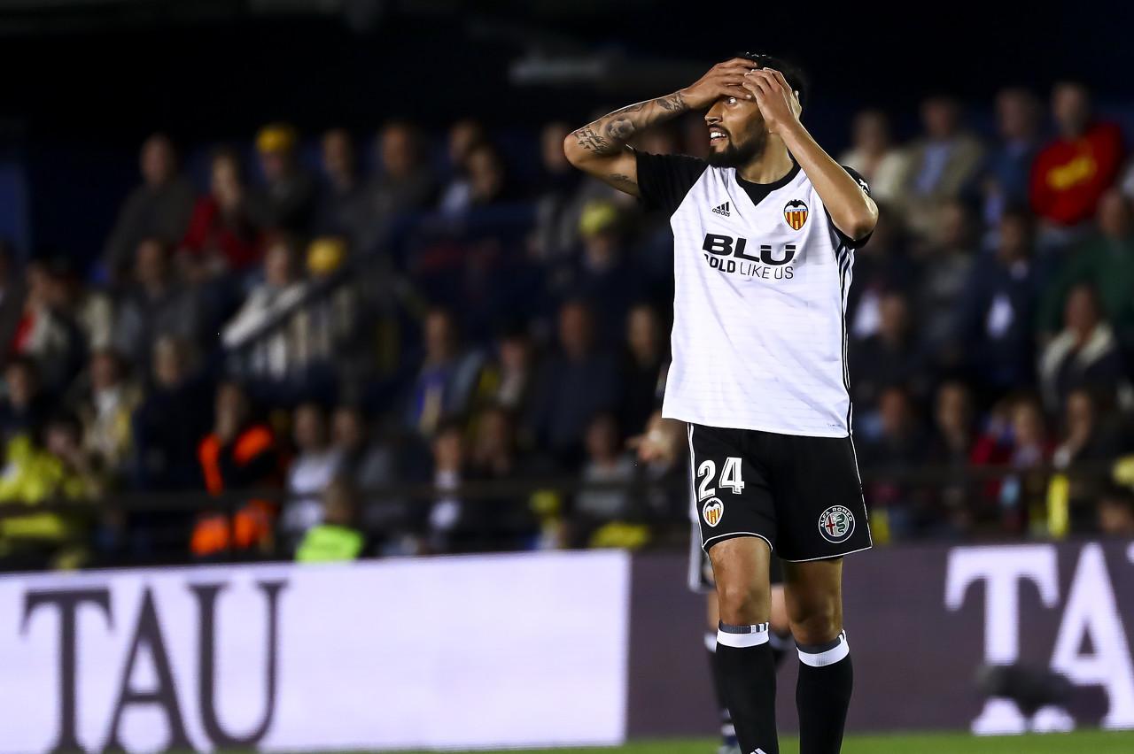 罗马诺:加雷被推荐给了利物浦,但后者予以回绝