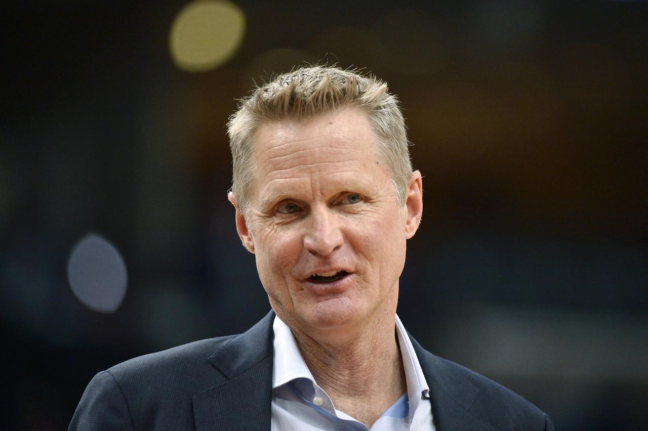 科尔:追梦在场上时 咱们的篮板会体现得更好