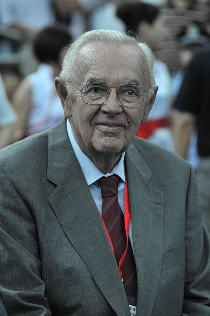 前国际篮联秘书长斯坦科维奇去世 享年94岁