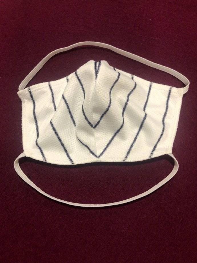 Fanatics旗下棒球服装厂开始全力生产口罩和医用服装