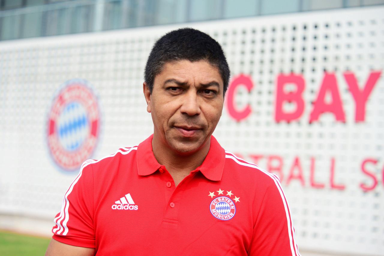 关于我国球员留洋欧洲踢球,拜仁名宿埃尔伯:首先要过言语关