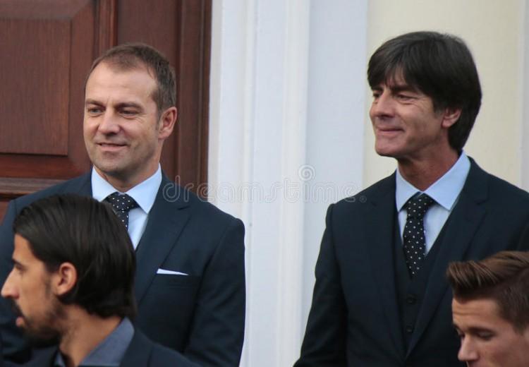 比埃尔霍夫:弗里克在拜仁干得很出色 现在不考虑他当国家队主帅