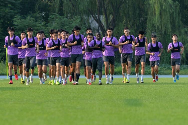 津媒:津门虎部分本乡球员完成签字,但做通外援作业并不简略