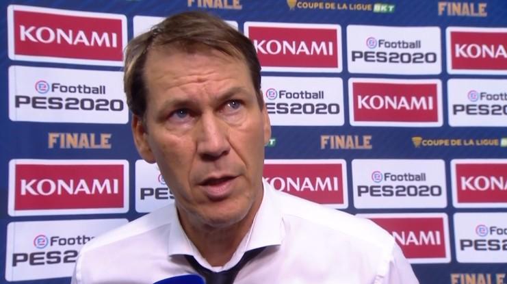 里昂主帅加西亚:尤文实力很强,晋级欧冠8强的机遇五五开