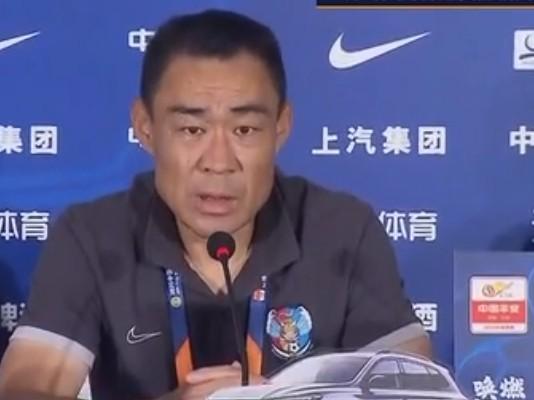 青岛助教杨为健:吴金贵明日能亲身指挥 上港是冠军有力抢夺者