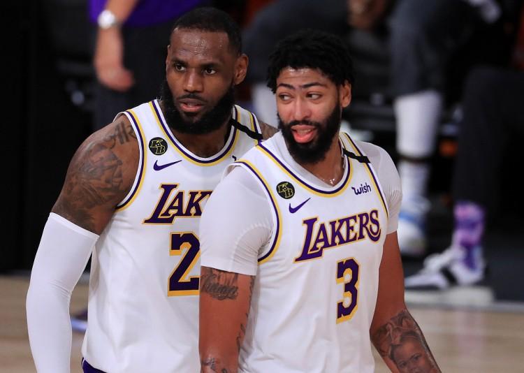 帕金斯猜测:新赛季MVP戴维斯 湖人将完成卫冕   