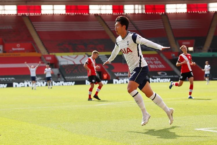 费迪南德:我有个问题要问你,孙兴慜是不是英超最好的亚洲球员?  