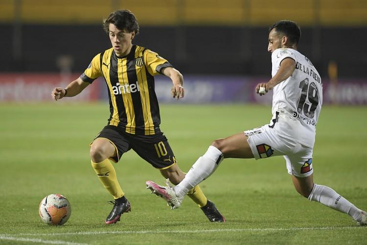 曼晚:曼联挨近签下乌拉圭边锋佩利斯特里,转会费约1000万欧元
